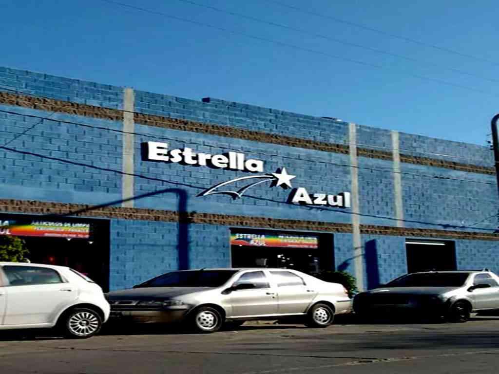 Estrella Azul Convenience Store