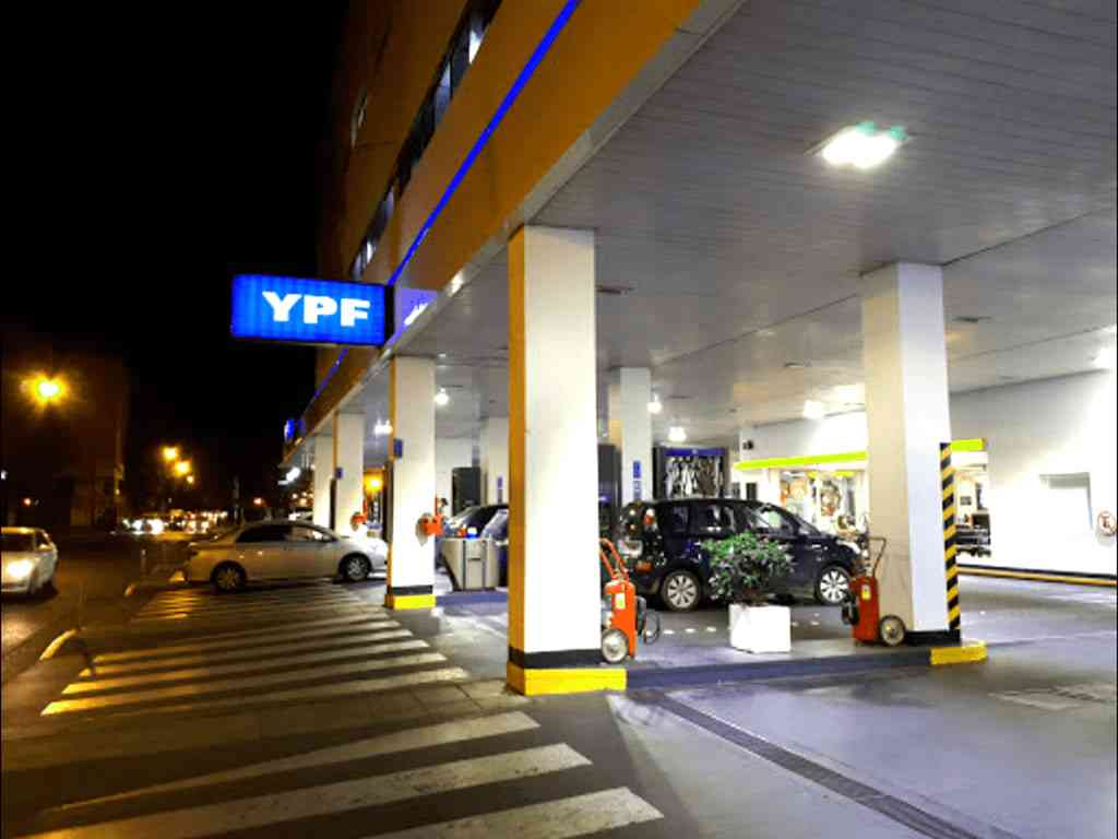 YPF Convenience Store